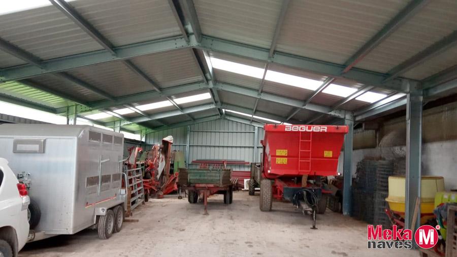 nave para maquinaria agricola y herramientas
