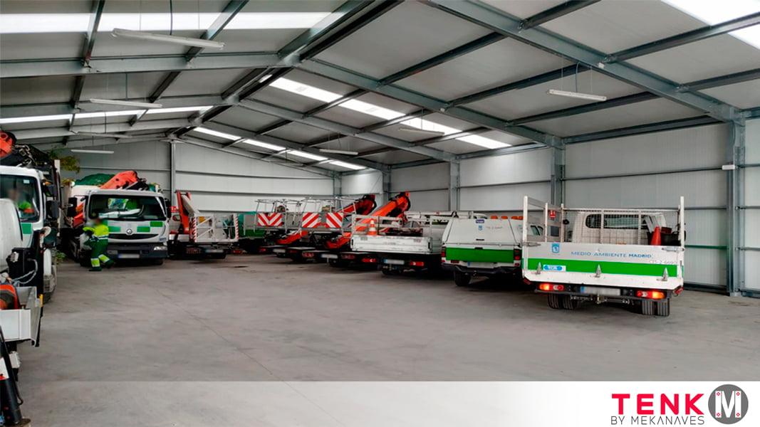 Interior Carpa industrial para almacenamiento de vehículos