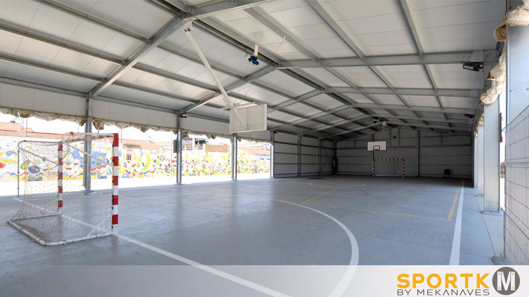 Interior cubierta polideportiva