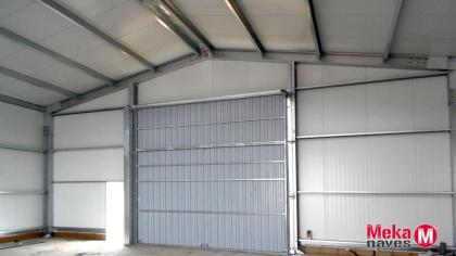 nave-automontaje-interior-panel-sandwich-puerta-corredera-mekanaves